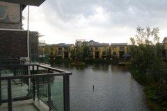 罗平湖畔酒店