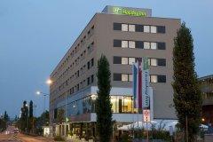 苏黎世梅斯假日酒店(Holiday Inn Zürich Messe)