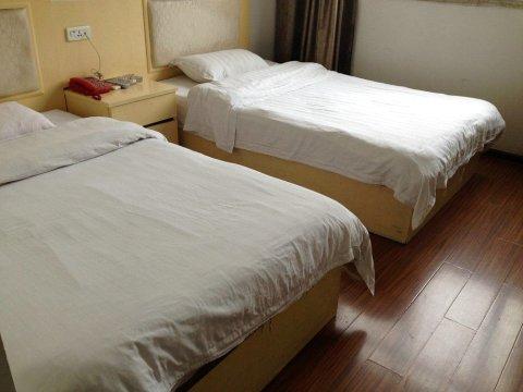 大冶灵乡大酒店