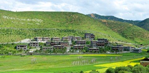 香格里拉松赞林卡酒店