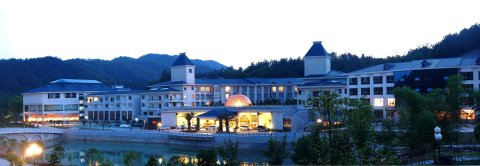 韶山华龙山庄酒店