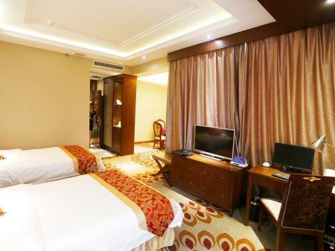 华蓥嘉泰城市酒店
