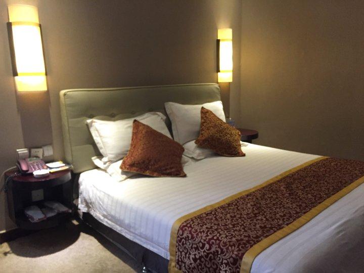 喀什金长城大酒店