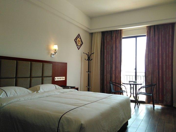 Q加·乐东祥瑞海景商务酒店
