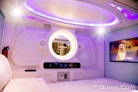拉萨星巴拉太空氧舱酒店