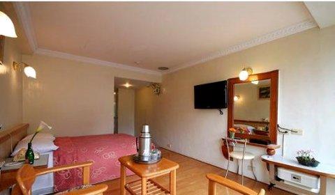 阿里山登山别馆(Ali-Shan Dengshan Hotel)
