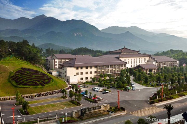 衡阳南岳逸山逸水酒店