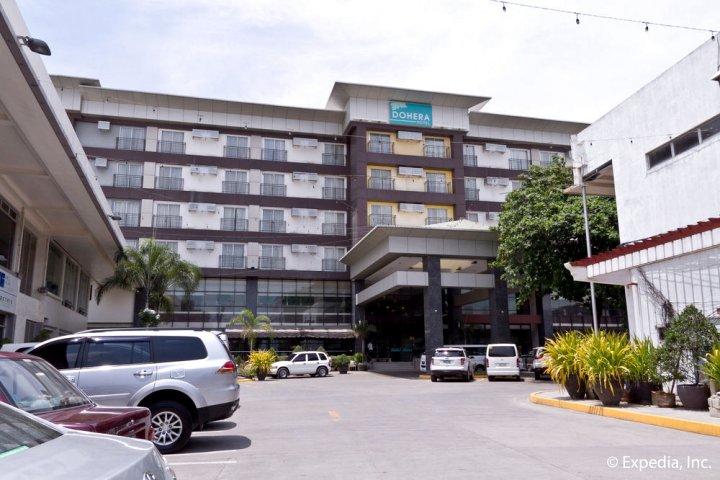 多赫拉酒店(Dohera Hotel)