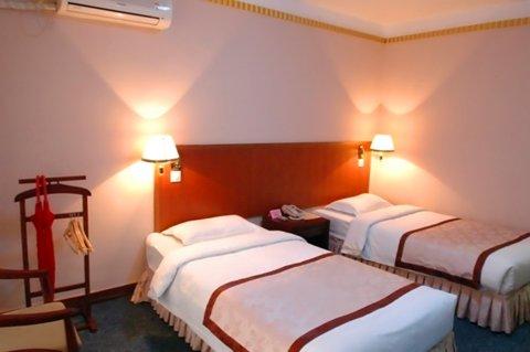 平山柏坡明苑酒店
