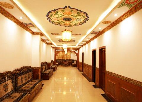 平措康桑国际青年旅舍(日喀则扎什伦布寺店)