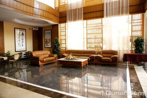 昆明普照温泉酒店