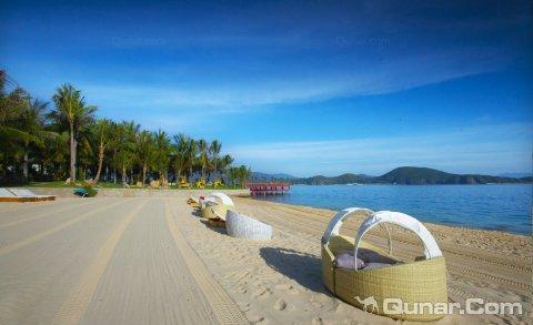 梅尔佩里汉谭度假酒店(MerPerle Hon Tam Resort)