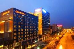 遂宁河东新区希尔顿欢朋酒店