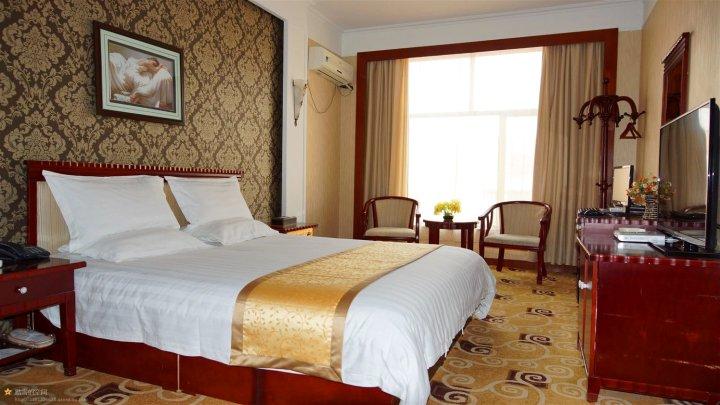 阿拉善左旗阳光生态园酒店