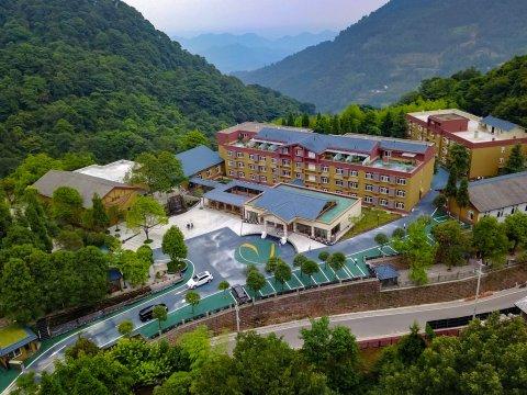 邛崃天台山大酒店