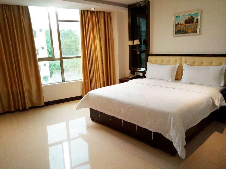 乐东绿之南商务酒店