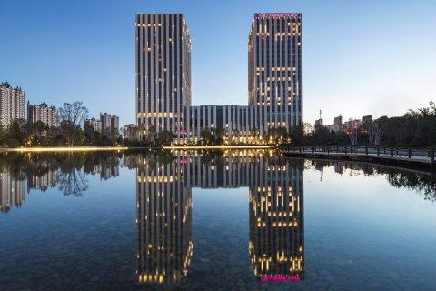 哈尔滨松北融创皇冠假日酒店