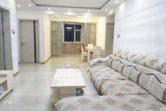 葫芦岛绥中海韵馨园坐屋观海入住8人空调房普通公寓