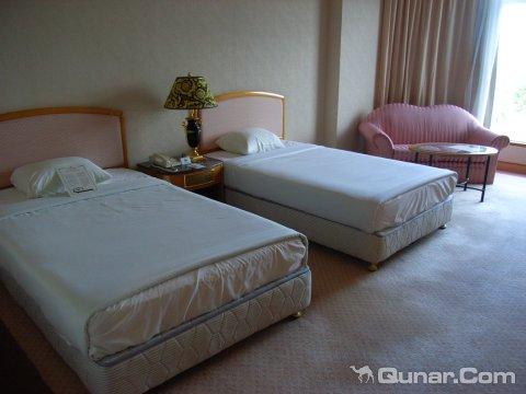 天宁皇朝酒店(Tinian Dynasty Hotel)