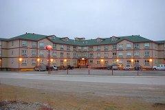 伊努维克首都套房酒店(Inuvik Capital Suites)