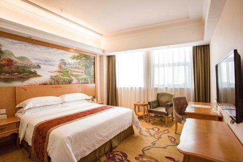 维也纳酒店(红安店)