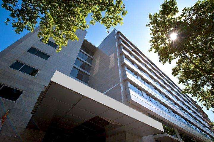 皇冠假日巴塞罗那菲拉中心酒店(Crowne Plaza Barcelona Fira Center 4*Sup)