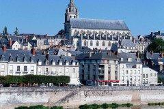 布卢瓦谷地美拉德宜必思酒店(Ibis Blois Vallée Maillard)