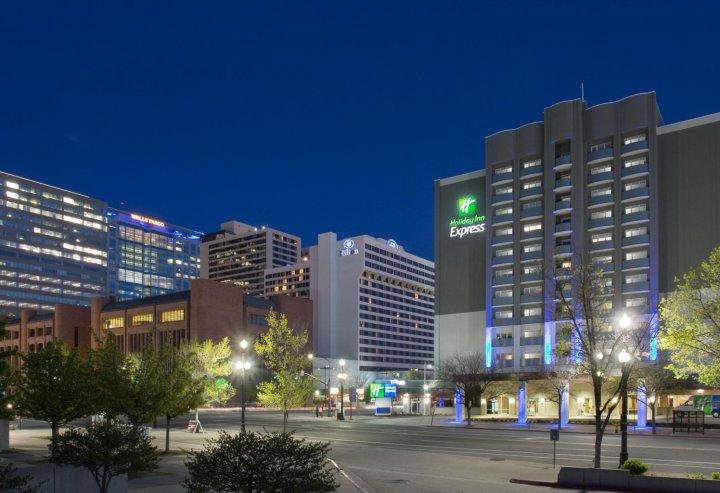 盐湖城市区智选假日酒店(Holiday Inn Express Salt Lake City Downtown)