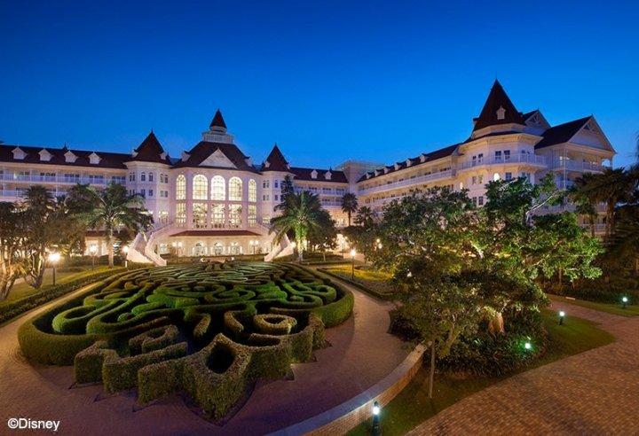 香港迪士尼乐园酒店(Hong Kong Disneyland Hotel)