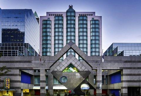 诺富特多伦多北约克酒店(Novotel Toronto North York)