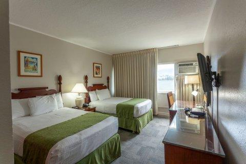 毛伊岛海滩酒店(Maui Beach Hotel)