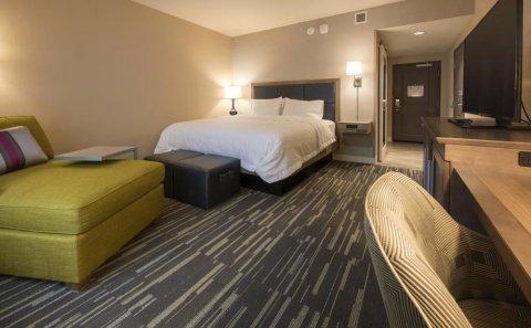 西雅图/雷德蒙瓦欢朋酒店(Hampton Inn & Suites Seattle/Redmond Wa)