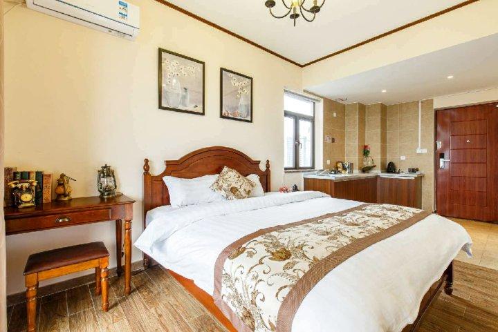 龙门保利锦里森巴南昆山温泉花园公寓酒店