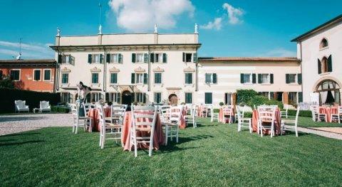 白塔别墅住宿加早餐酒店(B&B Villa Baietta)