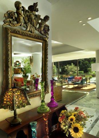 迪俄尼索斯酒店(Dionysos Hotel)