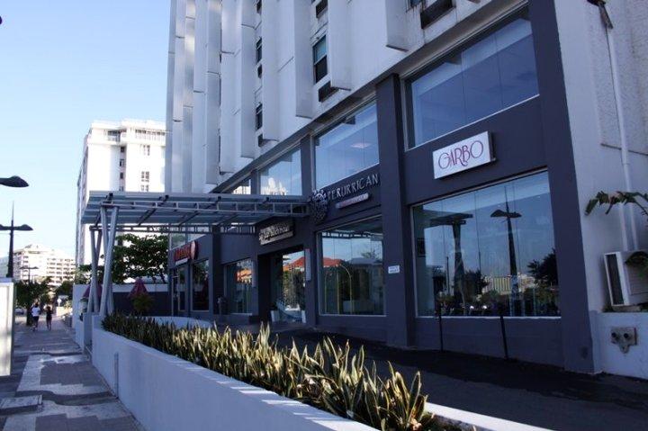 圣胡安海滩酒店(San Juan Beach Hotel)