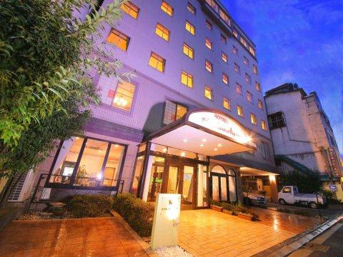 克莱尔日笠酒店(Hotel Claire Higasa)