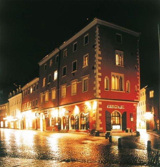 老城酒店凯旋门 - 内艾斯豪斯(Altstadthotel Arch - Neues Haus)