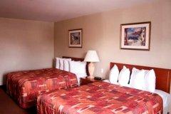 艾康诺洛奇东区酒店(Econo Lodge Downtown East)