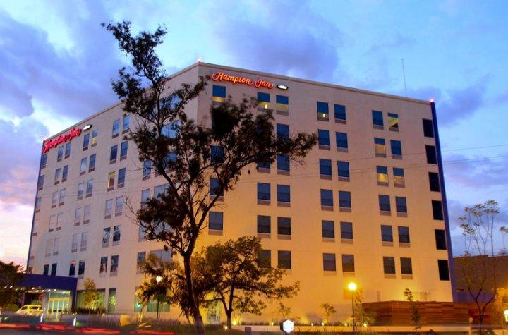 希尔顿/瓜达拉哈拉亚拉世博欢朋酒店(Hampton Inn by Hilton/ GuadalajaraExpo)