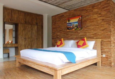肯度古冲浪营宾馆(Kedungu Surf Camp)