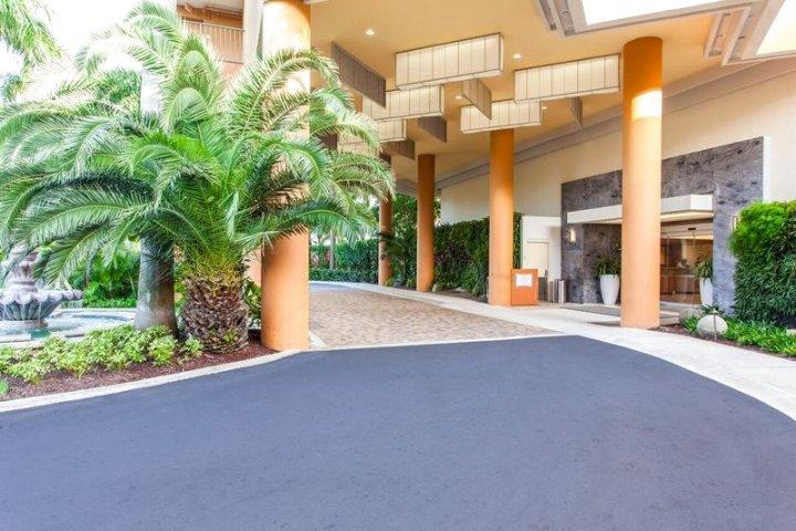 佛得岛海滩万怡度假酒店(Courtyard by Marriott Isla Verde Beach Resort)
