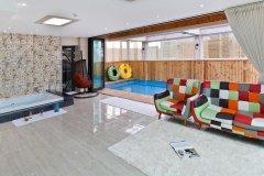 东方现代4号公寓(Oriental Modern Apartment 4)