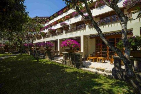 巴厘岛努沙杜瓦海滩酒店(Nusa Dua Beach Hotel & Spa Bali)