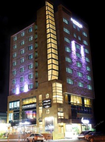 丽水纳沙观光酒店(Narsha Tourist Hotel Yeosu-si)