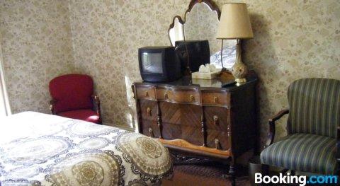 奥伯格艺术住宿加早餐酒店(Auberge des Arts Bed and Breakfast)