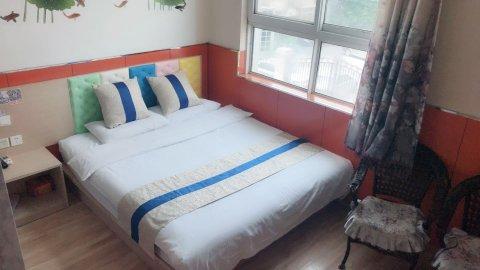 99旅馆连锁(北京昌平火车北站西关路店)