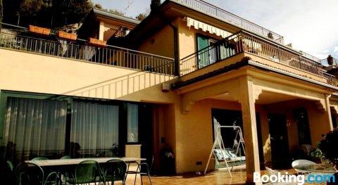 陶得米纳设计公寓(Taormina Design Apartment)