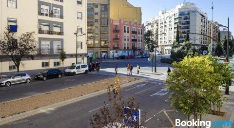 马斯塔拉区公寓酒店(Apartup Mestalla District)