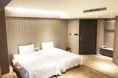 高雄乐逸商旅六合夜市南华馆(La Hotel Liuheyeshe Nanhua)